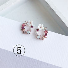 2019 mais recente marca de design da orelha anel de flor cor brincos feminino brincos simples para as mulheres(China)