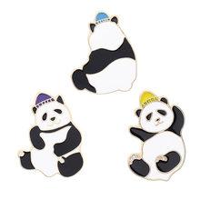 3 stili Cute Panda Smalto Spille Cinese Tesoro Nazionale Spilla Zaino Vestiti del Risvolto Animale Dei Monili di Regalo per Gli Amici Bambini(China)