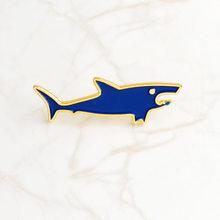 Berselancar Enamel Gila Biru Ikan Paus Bros Lencana Denim Kemeja Kerah Pin Kartun Lucu Perhiasan Hadiah untuk Anak-anak(China)