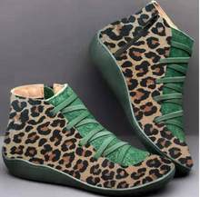 YIBING1517 nuevo 2019 Otoño Invierno Retro Punk mujeres Botas moda cuero genuino botines Zapatos De Mujer Wram Botas Mujer(China)