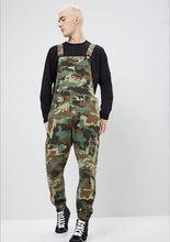 Modne męskie porwane jeansy kombinezony moda uliczna w trudnej sytuacji Denim kombinezon na szelkach dla mężczyzn spodnie na szelkach rozmiar S-XXXL(China)
