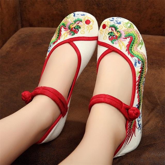 Дракон Старый Пекин Вышитые Женская Обувь Мэри Джейн Плоским Пятки Джинсовые Китайский ...