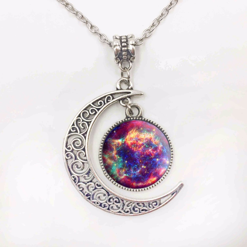 Silver Jewelry Galaxy Star Glass Cabochon Art Image Pendant Necklace Half Moon Chain Necklace for Women Creative Gifts(China (Mainland))