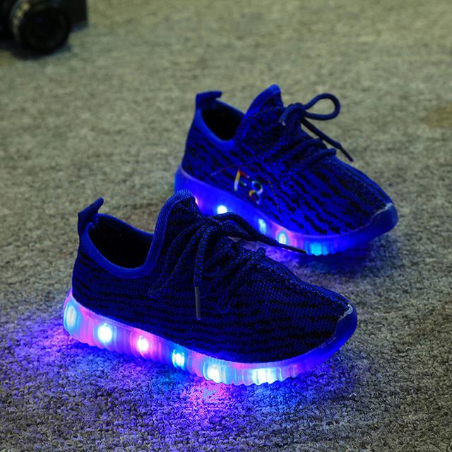 2016 Детей Shoes For Kids Light Up Shoes Мальчики Сетки Дышащий Спорт Led Кроссовки Подросток Девушки Running Shoes Школы Тренеров
