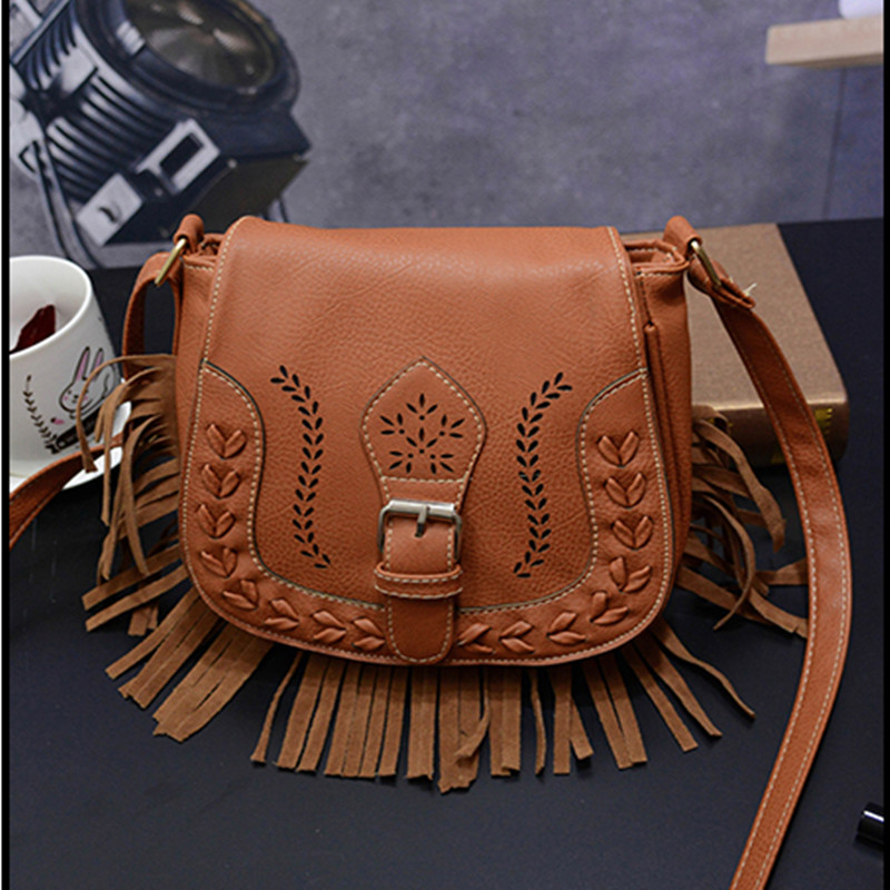 Hollow Out Women Crossbody Bag Vintage Saddle bag women min Messenger small Shoulder Bag Ladies Purse tassel Handbag bolso mujer(China (Mainland))