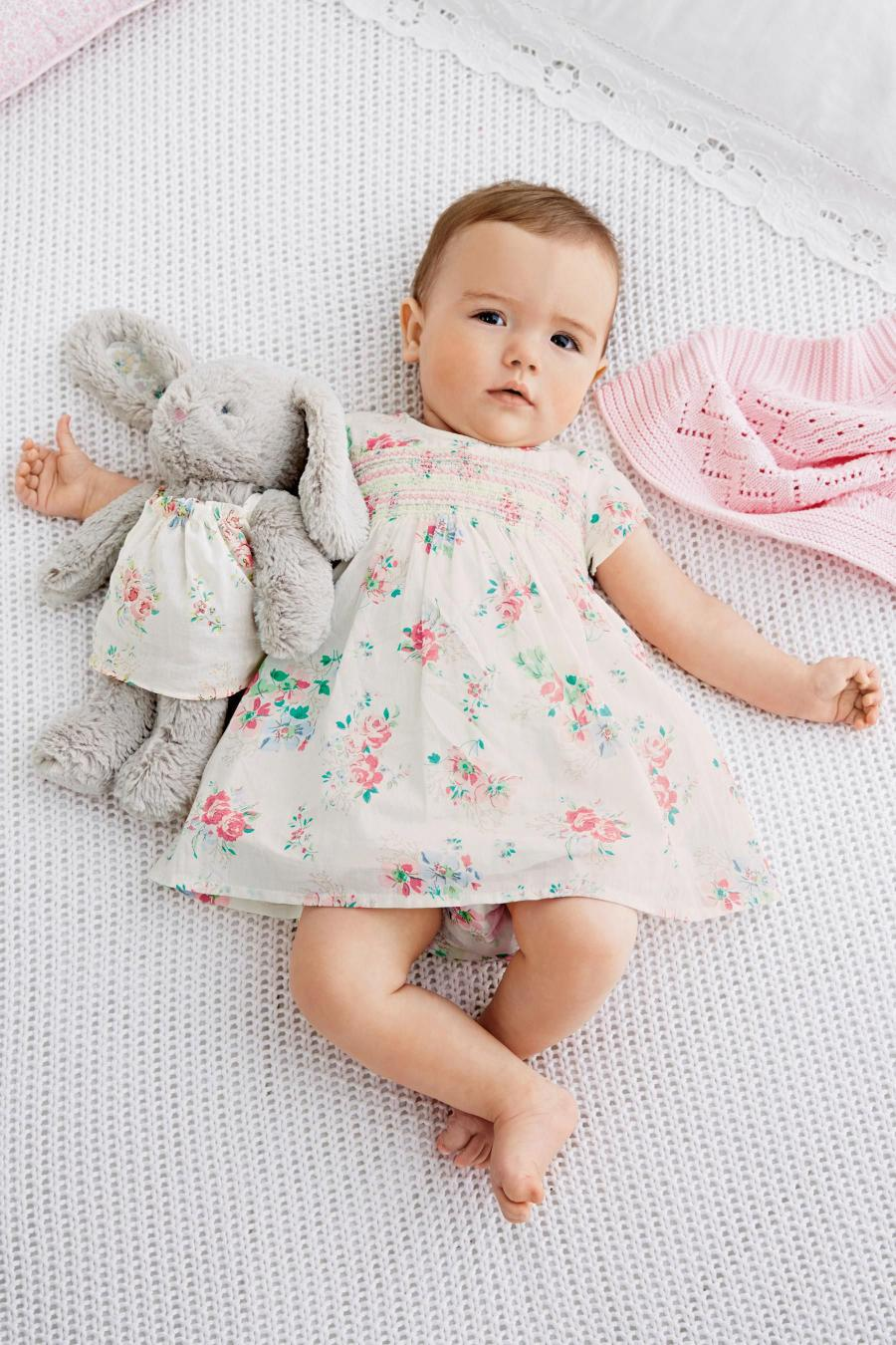 Create a stylish wardrobe for your little girl with the new arrivals in Ralph Lauren's latest collection of baby girl clothes. Find baby gowns, dresses, bottoms, tops, shoes, and accessories - discover the newest styles for the perfect gifts for girls aged months.