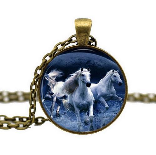 Antique Bronze Glass Cabochon Pendant Chain Wild Horse Choker statement Necklace Art Picture Women Fashion Equestrian Jewelry(China (Mainland))