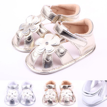 PU Flower Lovely Baby Girl Shoes First Walkers Sandals Fashion Silver and Gold Shoes for Newborn Baby 0-1 Years(China (Mainland))