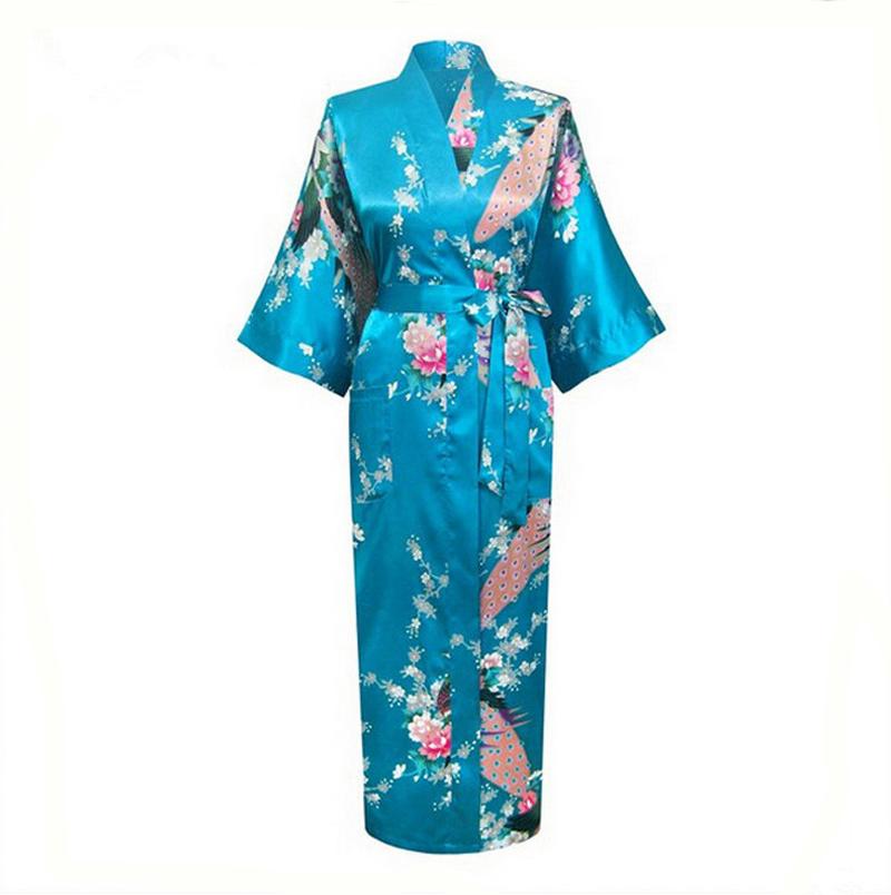 blue silk kimono geisha