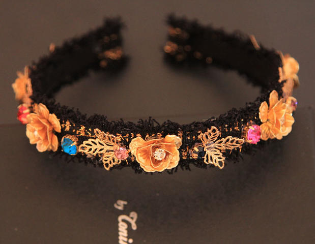 2015 winter runway Baroque women hairbands Headwear Vintage fashion girls lace cute luxury brand designed hairband party jewerly(China (Mainland))
