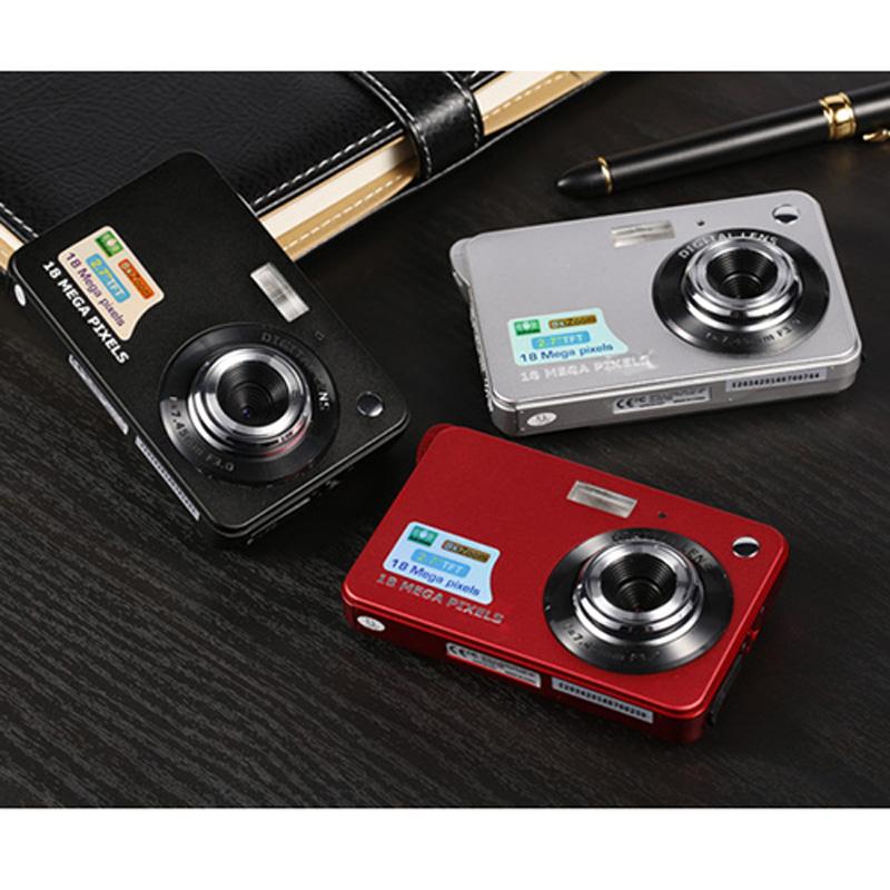 18MP 720P Mini Digital Camera 8x Zoom Digital Photo Frame 2.7 inch COMS HD Video Recoding 3 Colors