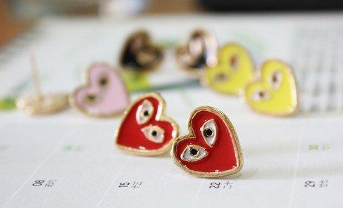 Fashion Hot Sale New Arrival Black Red Eyed-Heart Heart Fox Eyes Stud Earrings E345