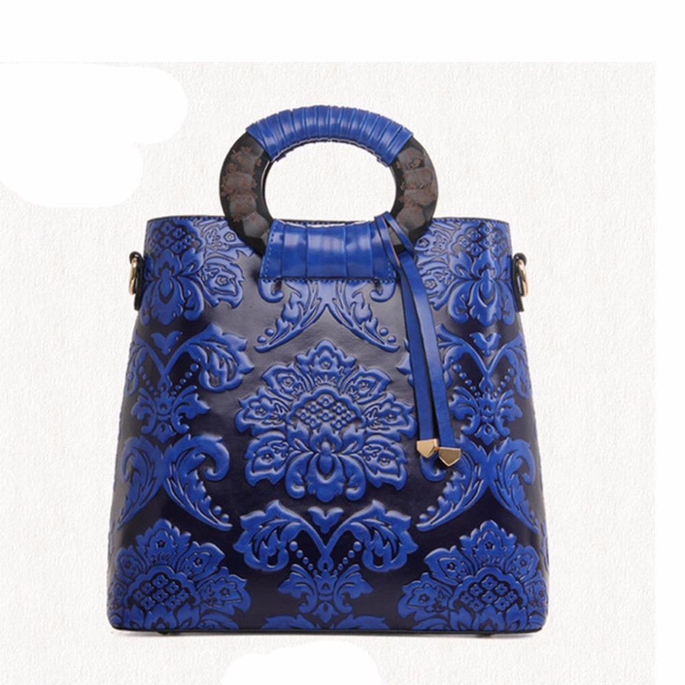 Chinese Style 2016 Autumn And Winter Fashion Handbag Bag Retro Embossed Flower Log Handbags Sac A Main Femme De Marque Celebre(China (Mainland))