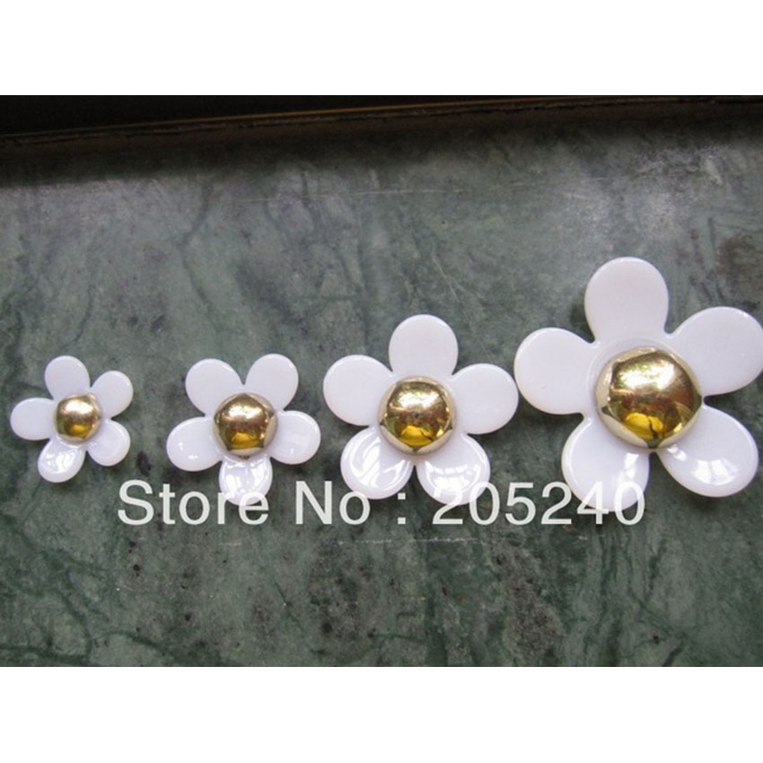 20pcs/Lot Cabochons Botoes Flat Back Resin Flowers For DIY Phone Decoration (4 sizes mixed, 40mm,30mm,25mm,20mm)(China (Mainland))