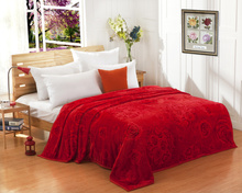 Red blanket coral fleece towel quilt velvet sheets summer air conditioning sierran blanket married rose print queen king size(China (Mainland))