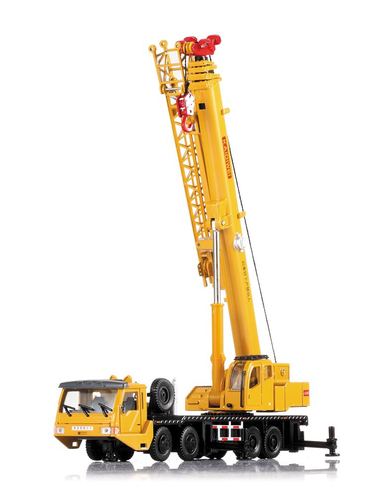 KaiDiWei Heavy cranes 1:55 alloy origin truck model lifting cranes kids toy Christmas gift free shipping boy(China (Mainland))