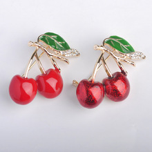 Blucome Red Enamel Brooches For Women Gold Cherry Brooch Corsage Small Bouquet Hijab Pins Feminino Party Bag Dress Accessories(China (Mainland))