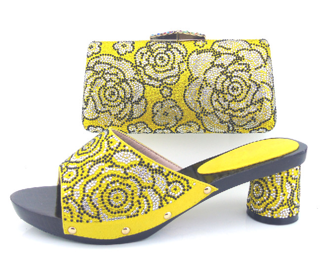 Здесь можно купить  RLX32-3! yellow!Free shipping fashionable high quality women slippers and bag set for party low selling prices!  Обувь