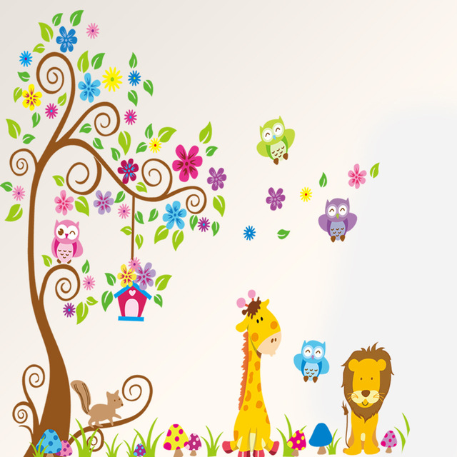 Cartoon Animal Tree wallpaper for kids rooms