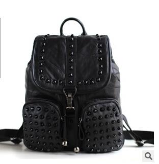 2016 genuine leather sheepskin lady's backpack korean style preppy backpack rivet travel bag()