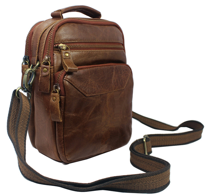 Fashion Full Grain Genuine Leather Men Messenger Bags Leather Crossbody Bag Casual Bag Small Leather Shoulder Bag for Men Brown(China (Mainland))