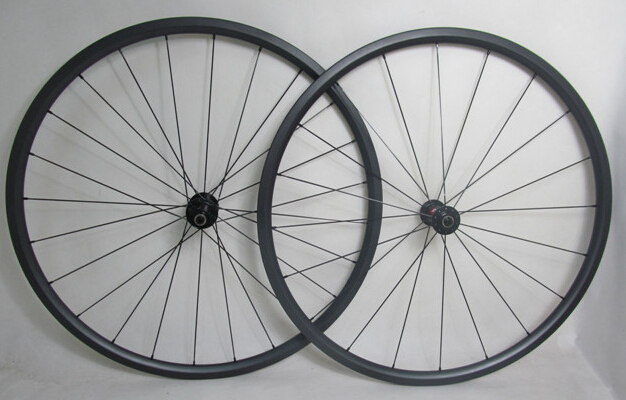 1100g Superlight DT Swiss 240S 700c 24mm Carbon Road Tubular Wheelset Bicycle Wheels with Sapim cx ray(China (Mainland))