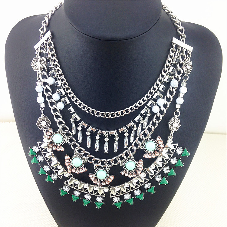 Super Department Fashion Necklace 2015 Hot Sale Gorgeous Color Crystal Statement Necklace Wholesale Price Pendants & Necklaces(China (Mainland))