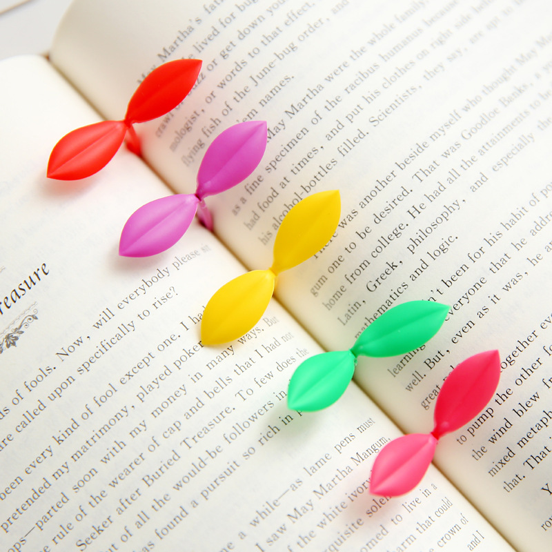 36 pcs/lot Creative Cut Fresh Green Leaf Small Buds Gift Mini Bookmarks Page Loaded Clip Multi Stationery office Suppies(China (Mainland))
