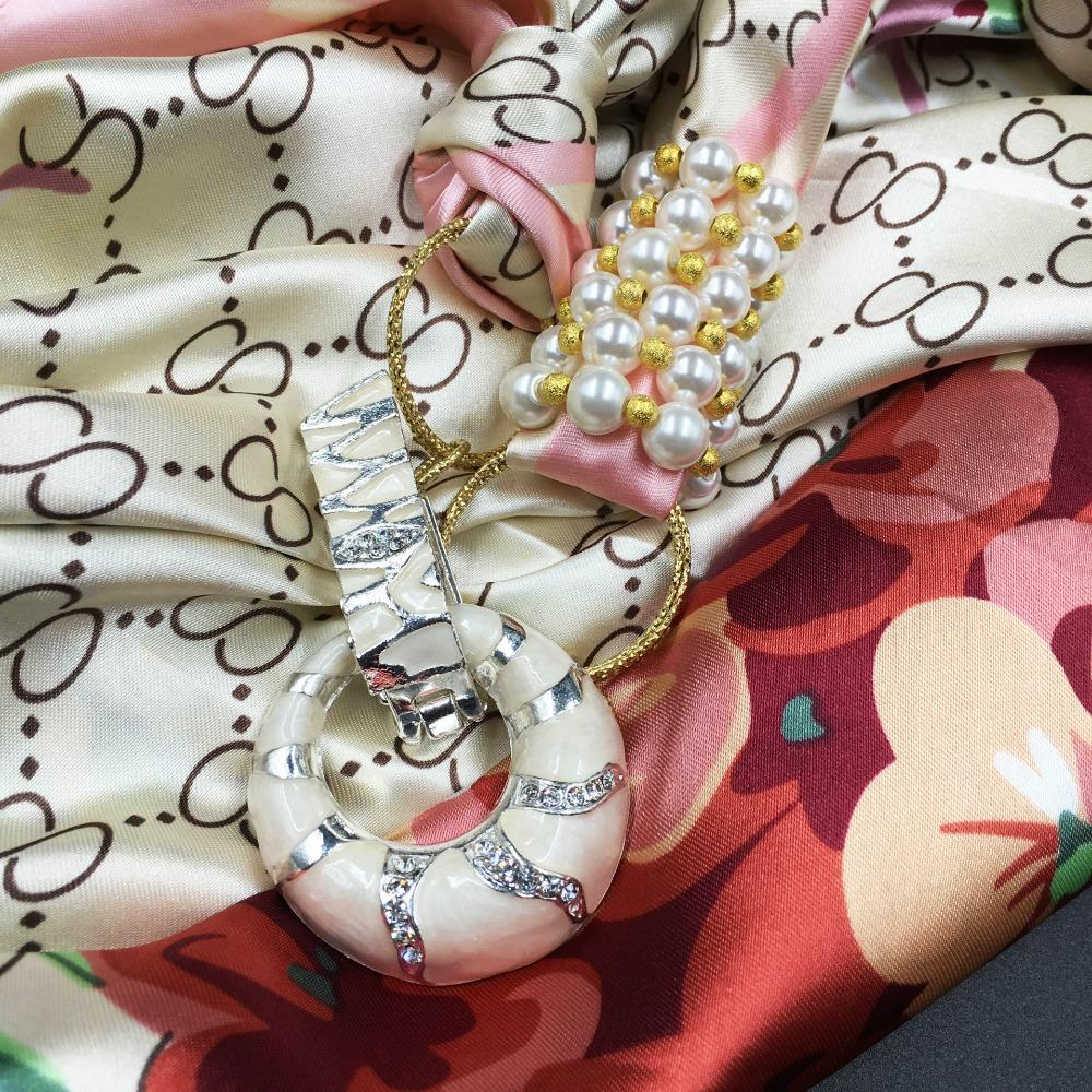 Vrouwen Vintage Crystal Sieraden Hangers Bloem Gedrukt Zijden Sjaal Parel Brads Winter Warm Sjaal Meer Ontwerpen Sjaal Bandana