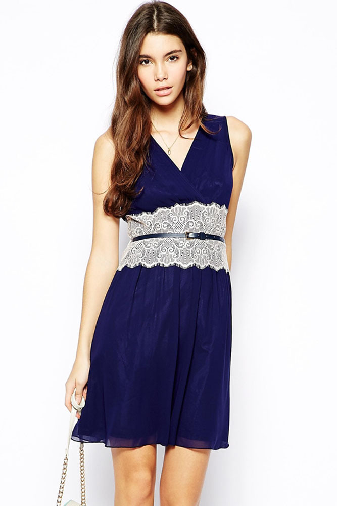 Petite dresses Introducing our stunning range of petite dresses which caters for day and evening looks. The collection has been specifically cut and created for those 5'3'' and under to complement a petite figure - find the perfect petite maxi dress, along with mini and midi dresses here.