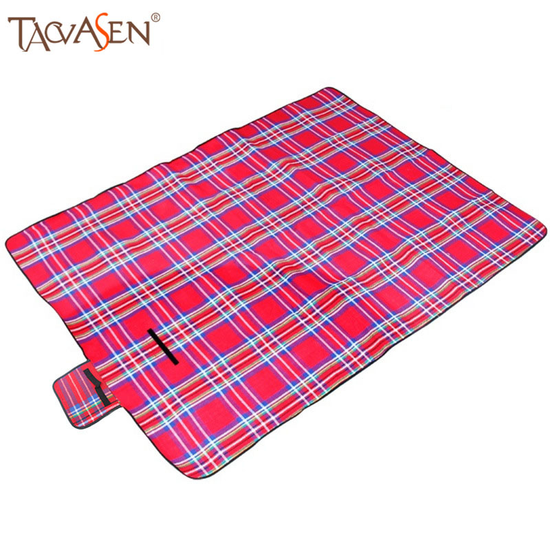 Foldable Beach Mat Multifunction Plaid Picnic Mat Waterproof Outdoor Camping Picnic Mattress Cashmere Moistureproof Mat(China (Mainland))