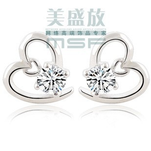 Simple love heart style 925 sterling silver & AAA zircon platinum plated cz crystal stud earrings jewelry - Life in Color Co.,Ltd store