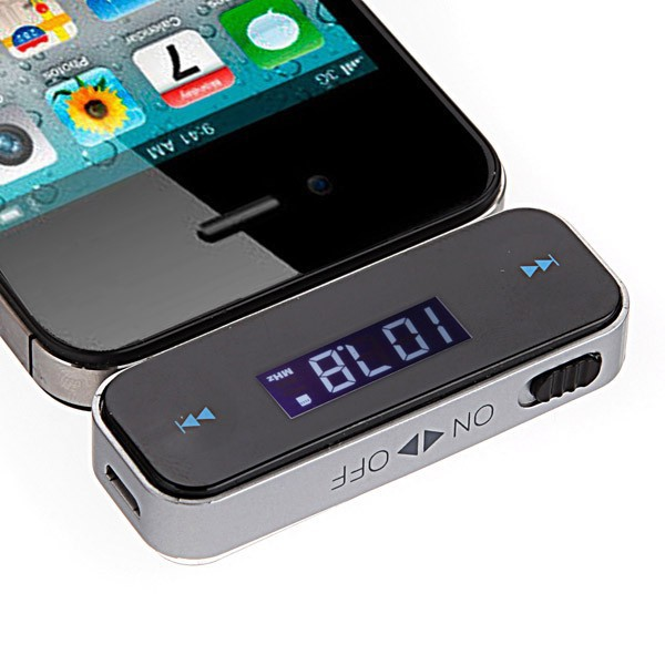 Car Fm Transmitter wireless 3.5mm In-car Fm Transmitter all phone universal Mp3/Mp4(China (Mainland))