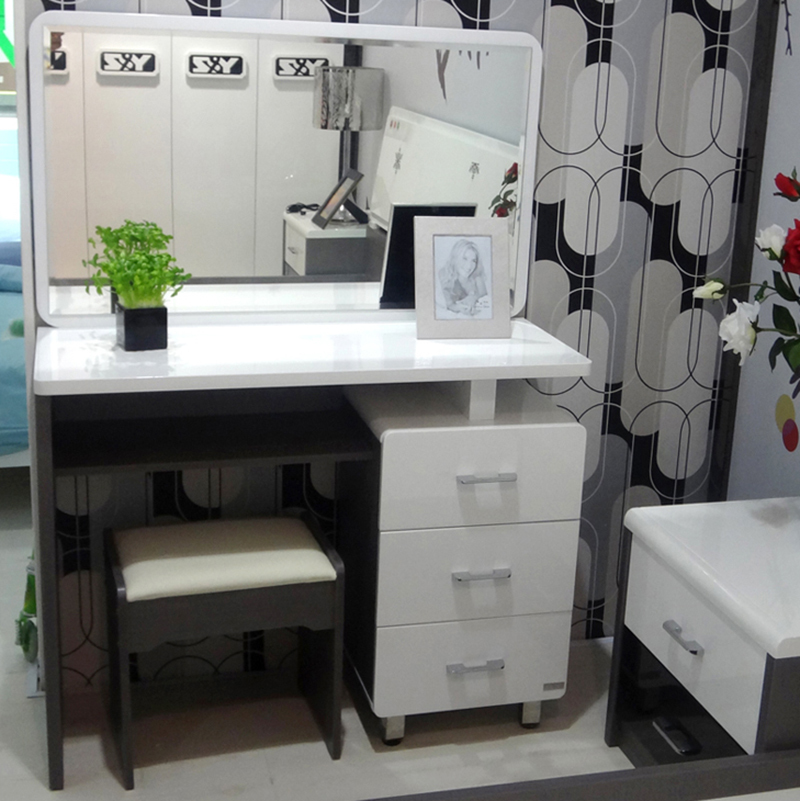 City on the 1st studio makeup vanity tables modern for Modern makeup vanity