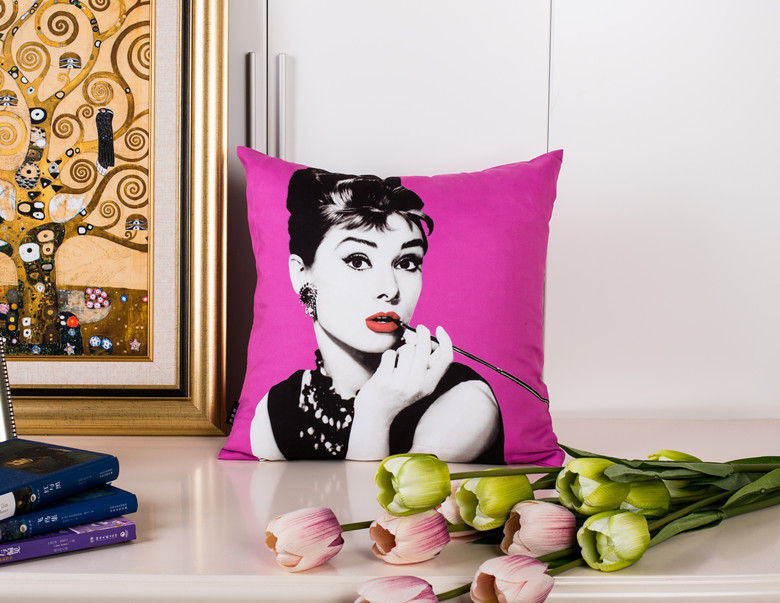 45 45cm Classic Decorative Cushion Cover Audrey Hepbum Printed Throw Pillow Covers for Couch Car Decoration