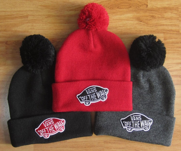 2016 New Brand Winter Cotton Embroidery Letters Knitted Hat Autumn Casual Warm Skullies Beanies Cap Knit Hats(China (Mainland))