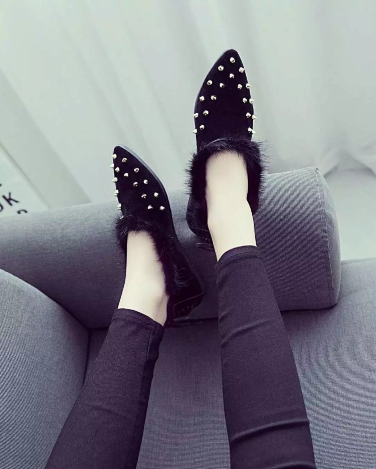 Women Fashion Brand Flat Shoes Autumn Winter Girl's Fur Suede Leather Slip On Rivet Flats Pointed Toe Z553 zapatos mujer
