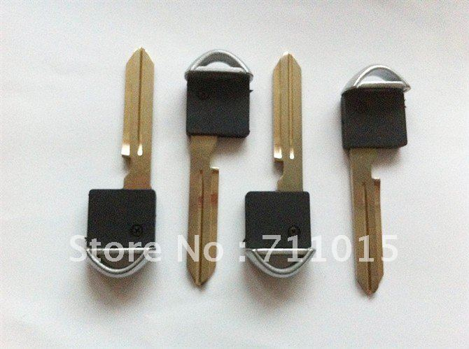 Best price for Nissan small key for smart card Nissan key shell(China (Mainland))