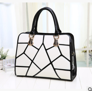 2015 Euramerican fashion style classic black and white patent light leather handbags, women casual one shoulder bags(China (Mainland))