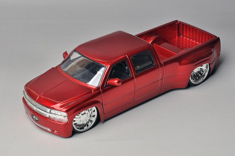 Free Shipping Jada car model dub CHEVROLET Picard's red(China (Mainland))
