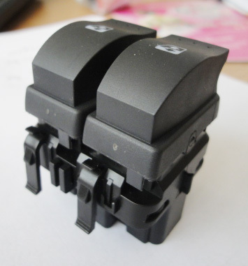 Free Shipping power window switch Renault Clio2,car switch clio2,OEM:8200315034 (SCP)(China (Mainland))