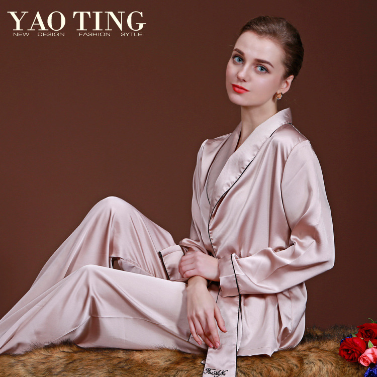 Elegant luxury 2015 new fashion women long-sleeved silk pajamas spring and autumn long-sleeved tracksuit pants two-piece suits
