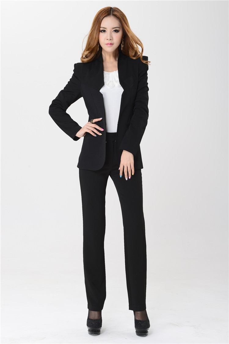 "3 thoughts on ""What Women's Pant Suits Are In Style"""