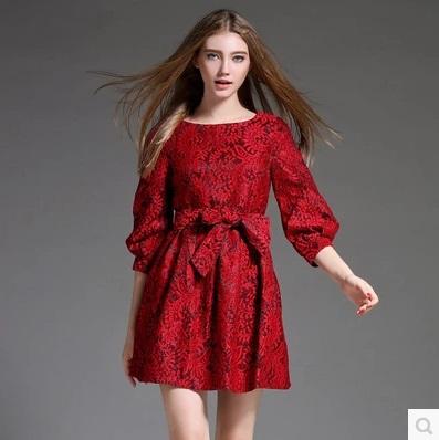 New Fashion Autumn Lace Crochet Runway Dress Elegant Hollow Out Knee-Length Slim Dresses Red Black Robe Kleid vestidos(China (Mainland))