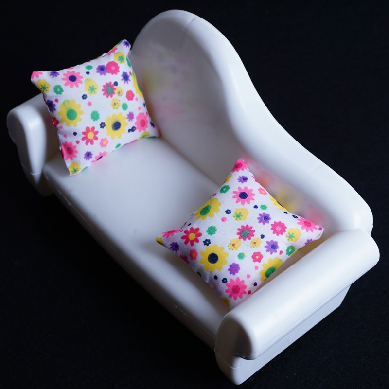 2016 New Doll Couch With Pillow  Equipment For Barbie Dolls/Monster Hight dolls for Child Woman DecorationsToys #T03019