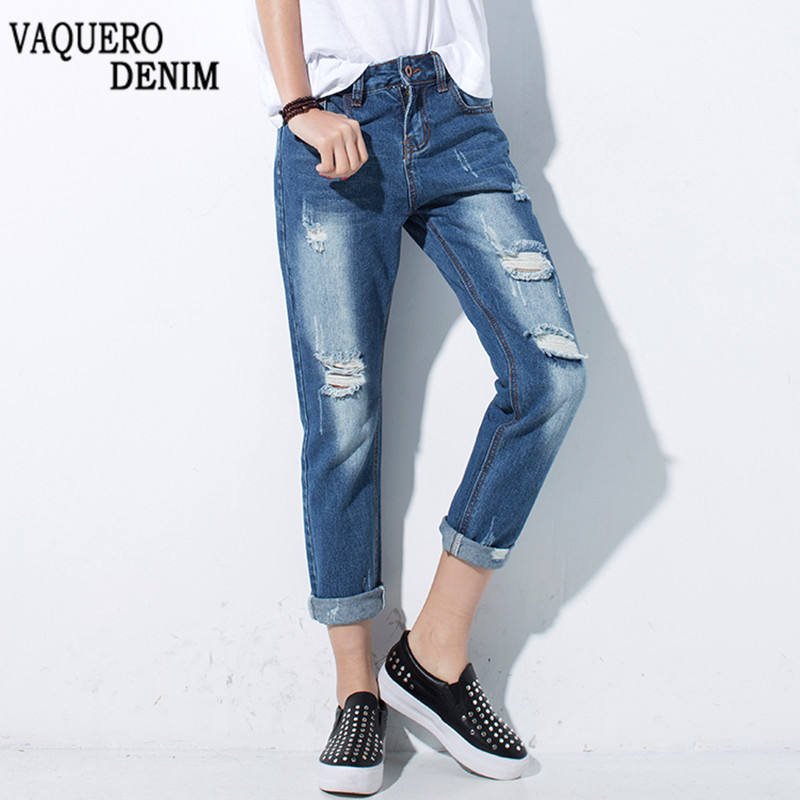 Old Navy also has an amazing variety of women's boot-cut jeans, women's skinny jeans, women's boyfriend jeans, women's flare jeans, women's straight jeans and women's ankle jeans, available in our Curvy & Original denim fits for women.