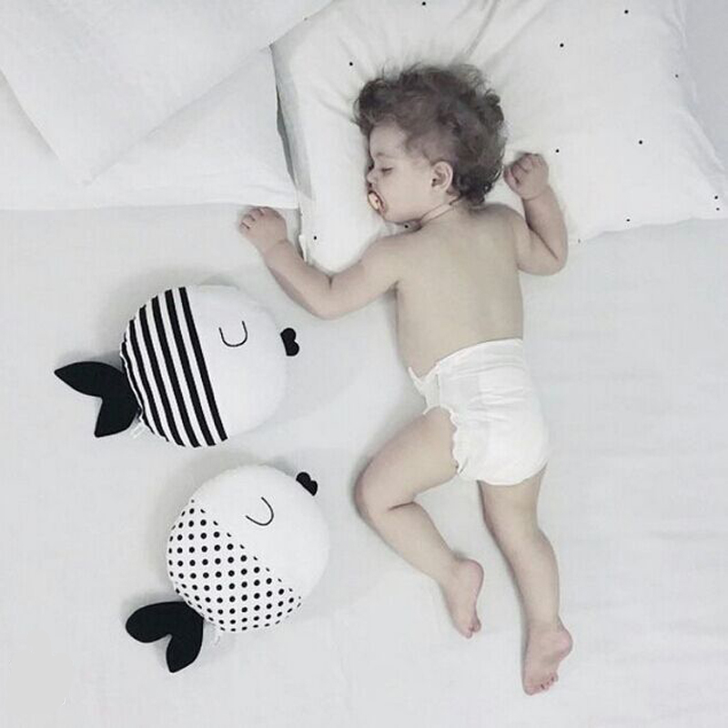 1PC Baby Fish Pillow cute Plush stuffed Toys Kids bed toy cushion juguetes bebes jouet oreiller brinquedos Doudou poisson(China (Mainland))