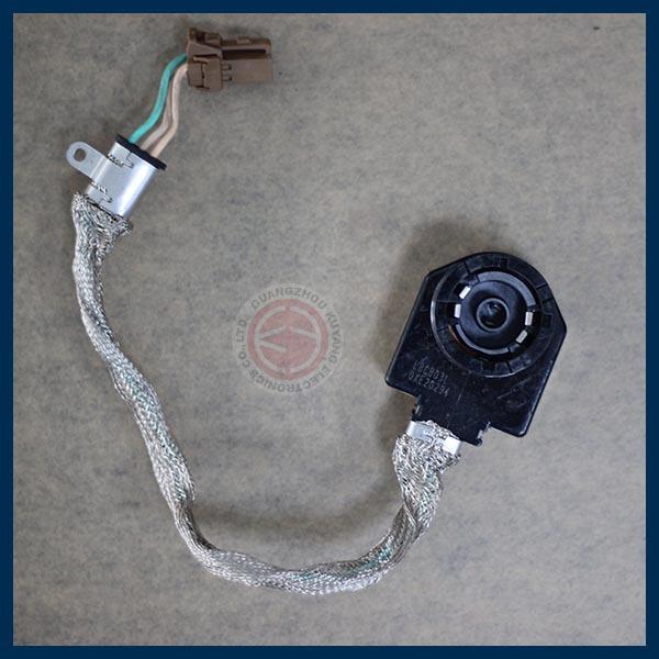 OEM-Matsushita-D2S-D2R-HID-XENON-Ignitor-Igniter.jpg