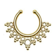 2 Pcs New Arrival Pierced Round Nose Hoop Nose Rings Fake Septum Clicker Non Piercing Hanger