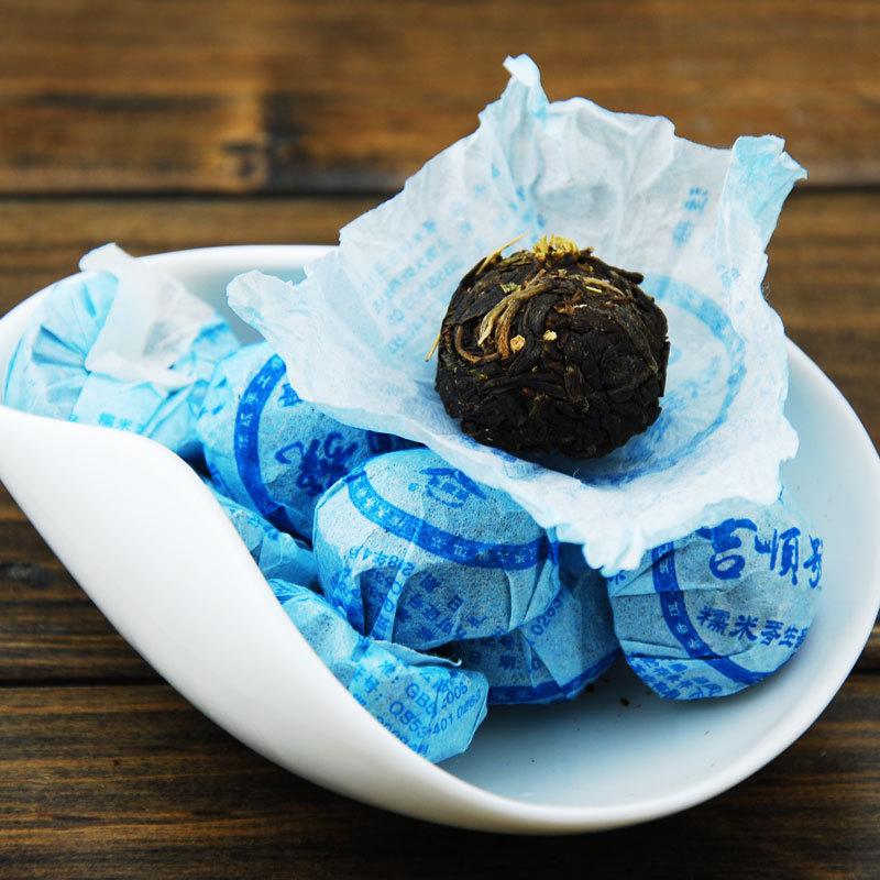 Chinese Ripe Pu Er Tea Yunnan Puer Tea Old Tea Tree Materials Pu Erh Honey Sweet